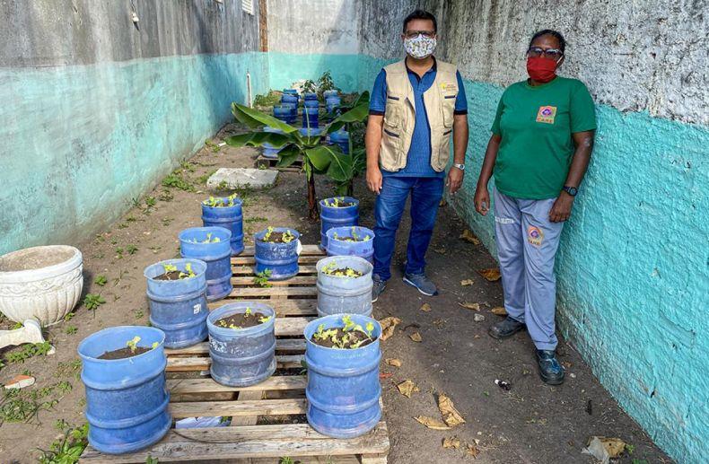 Cooperativa de reciclagem implanta horta com apoio de Amadeus e Embrapa